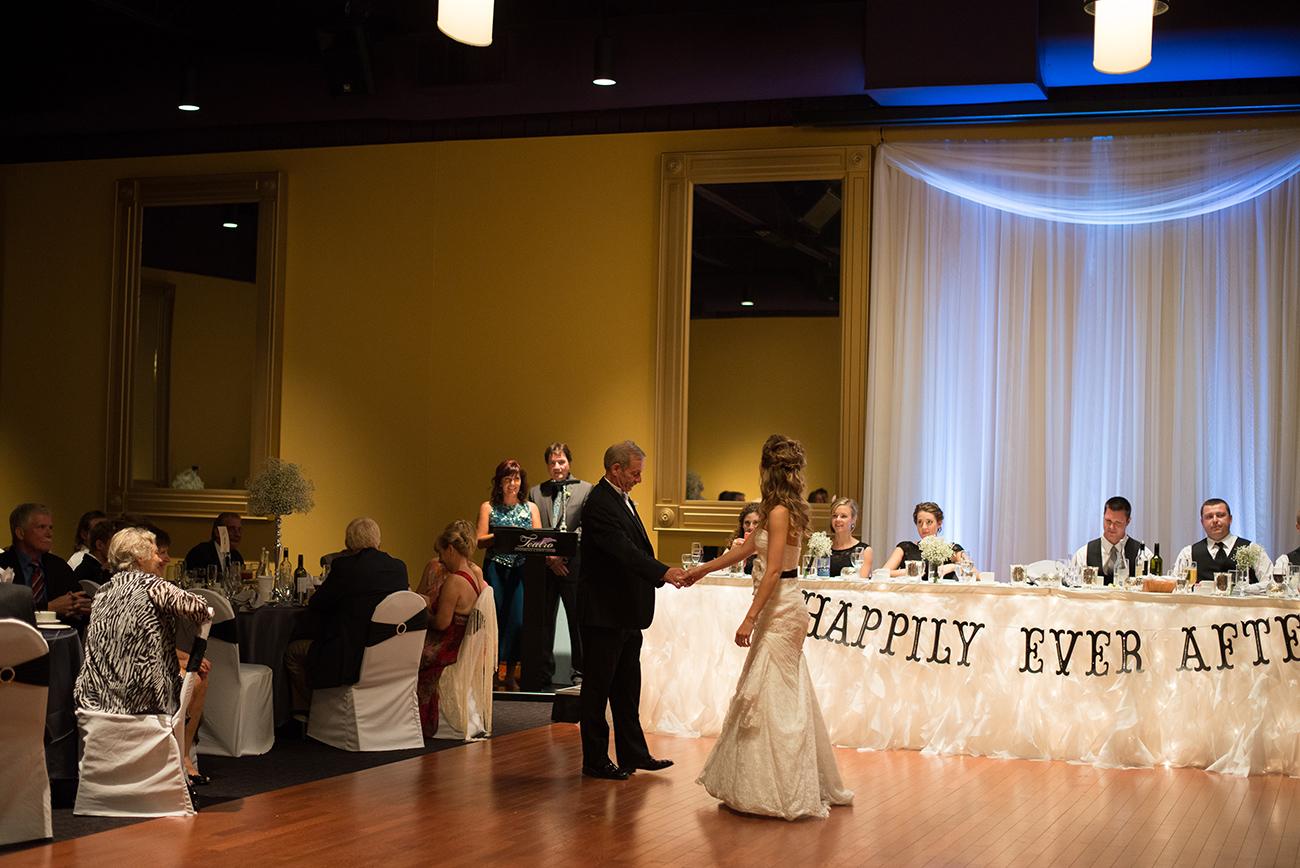 C-Corrin-&-Ian-Wedding-316-1300